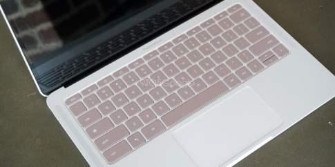 pixelbook_go_prototype_hands_on_10