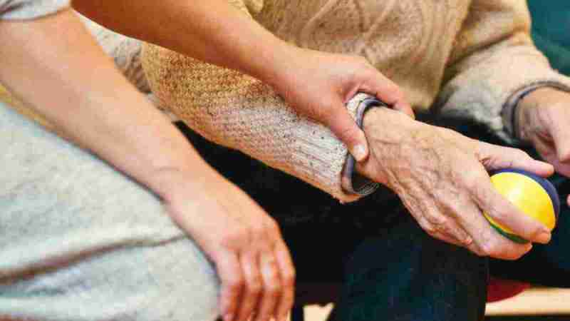 What is Live In Caregiver? Everything You Need to Know
