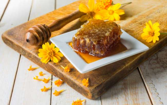Raw Honey vs Regular: Is There a Difference? Buy Honey Online