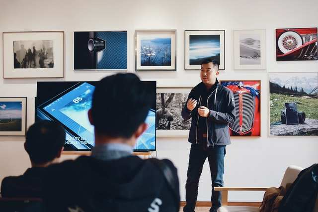 Presentation Design Tips 2021 – A picture is worth a thousand words