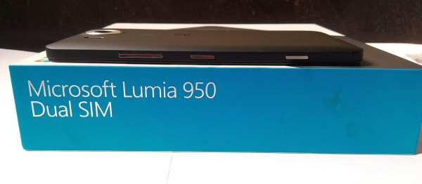 microsoft-lumia-950-side-1