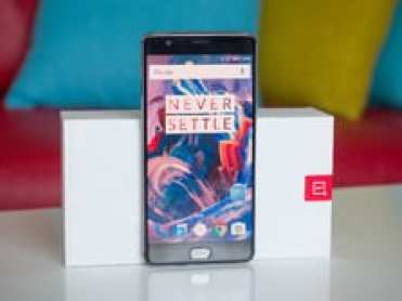 Camparing the OnePlus 3 to the OnePlus 5 flagship device