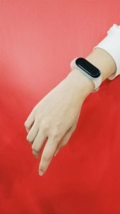 Xiaomi-Mi-Band-3-Explorer-Edition-Translucent-Band-4