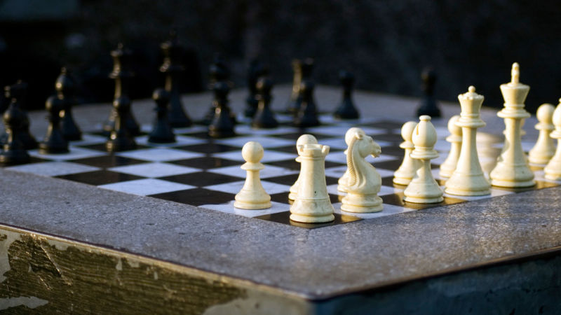 Top 7 Greatest Ever Chess Tricks and Traps To Try