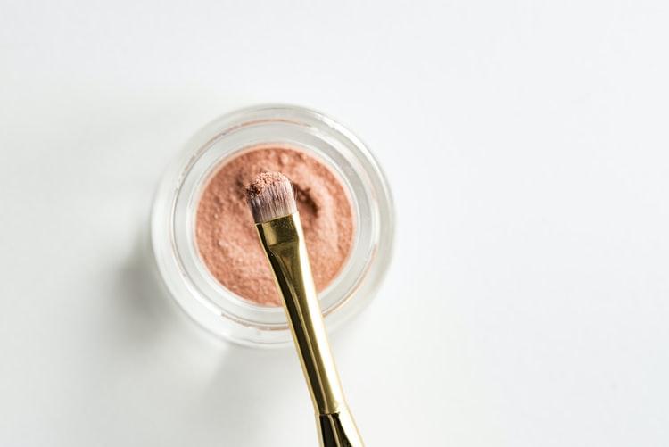 Importance of Using Natural Components in Cosmetics