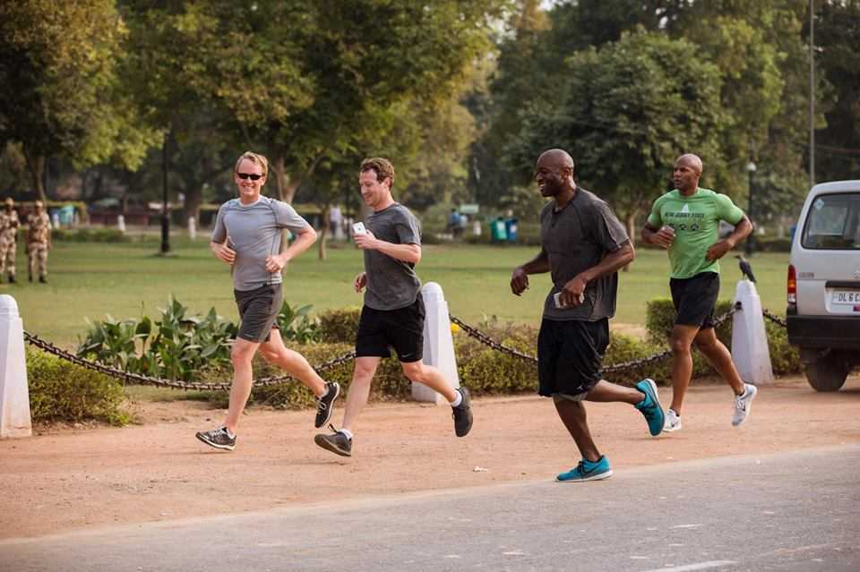 Mark Zuckerberg's Physical Challenge for 2016 is to Run 365 Miles, and he Wants you to Join him