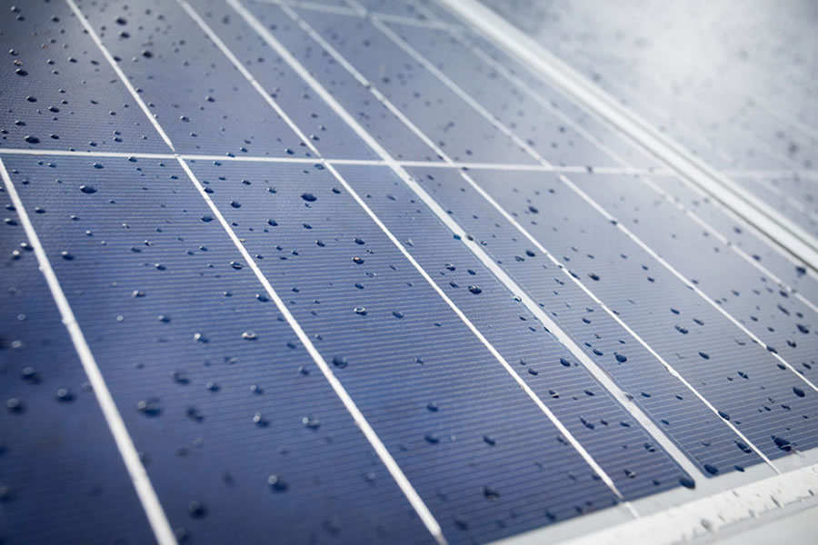 Scientists developed solar cell that generates power from raindrops