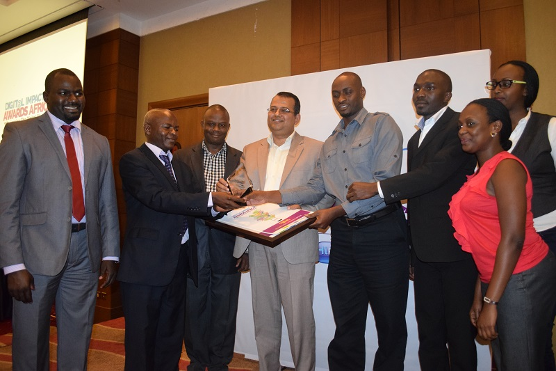 The Airtel Uganda team receives the award