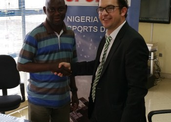 L - R: Thomas Ayodele of Complete Sport and Cristobal Alonso, Mobofree's Chairman of the Board at the MOU signing ceremony in Lagos.