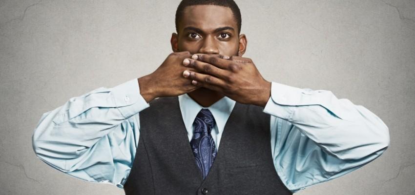 mouth-shut-businessman-850x400