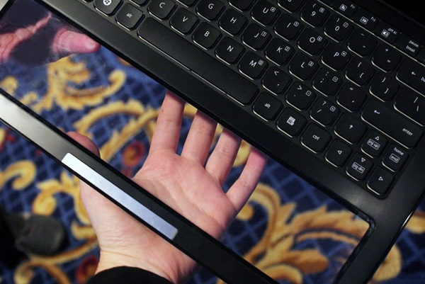 intel nikiski laptop transparent touchpad 04