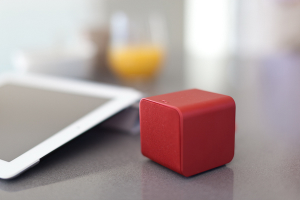 nuforce cube speaker mobile