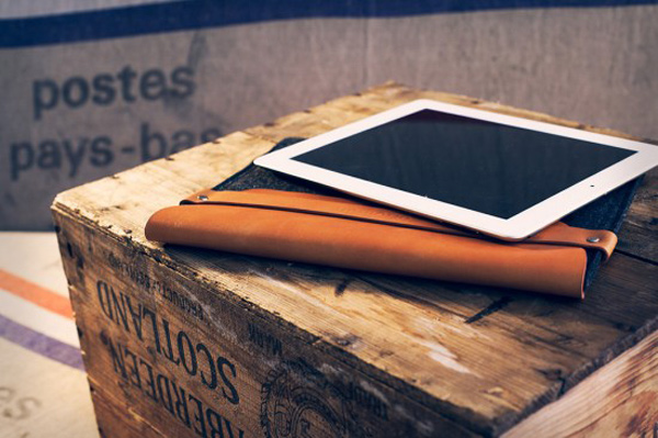 mujjo ipad sleeve leather