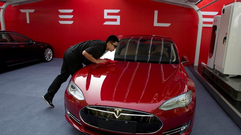 BMW 와 닛산, 전기차 충전인프라 구축을 위해 테슬라와 협력