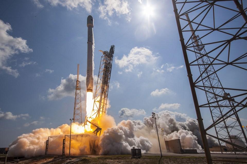 SpaceX 나사의 해상 관측 위성 수주