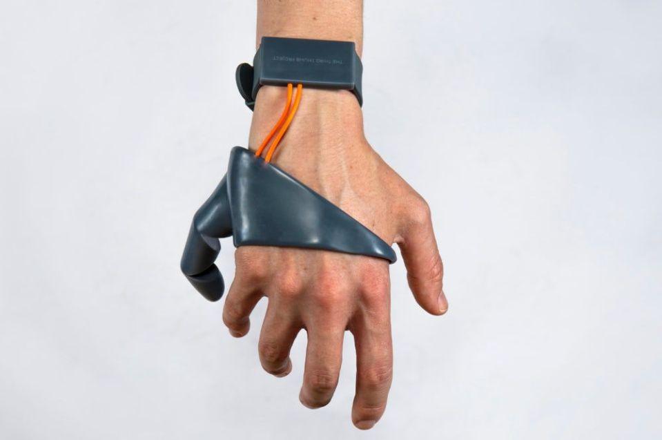 또 다른 엄지손가락이 있다면?