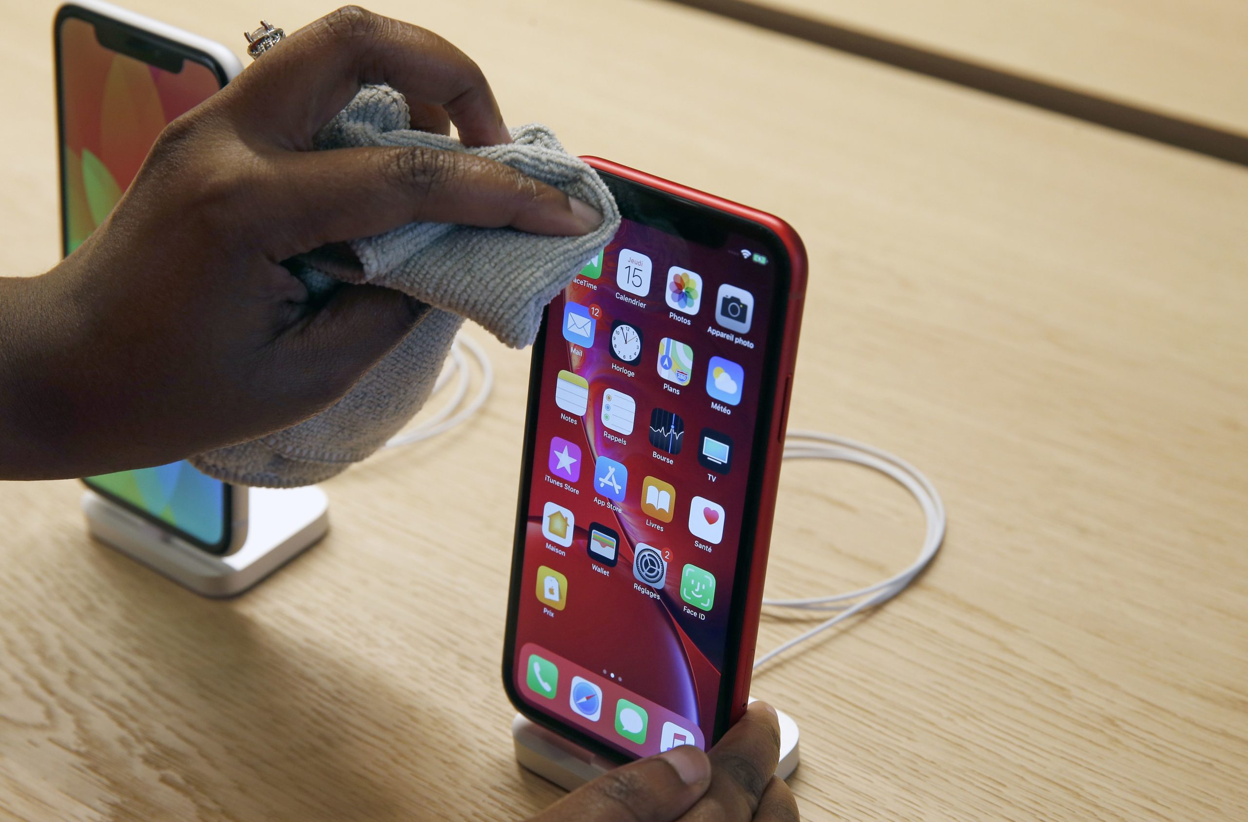 How to clean your iPhone to kill the new coronavirus and other germs