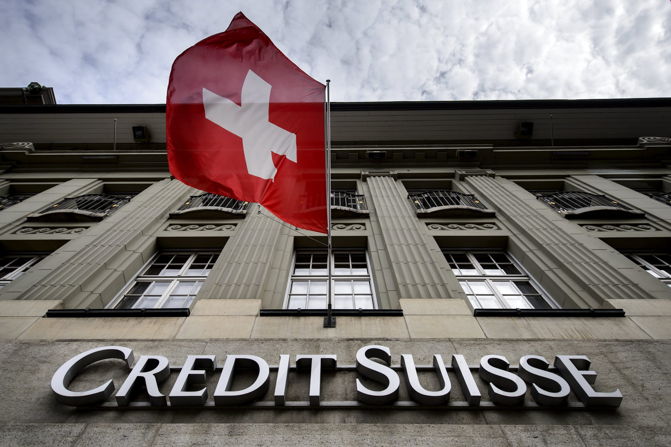 Credit Suisse cuts dividend on hit from Archegos scandal; execs step down