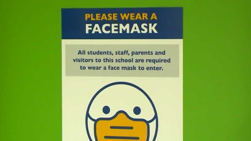 IDPH recommend schools allow parents, kids decide whether to wear masks