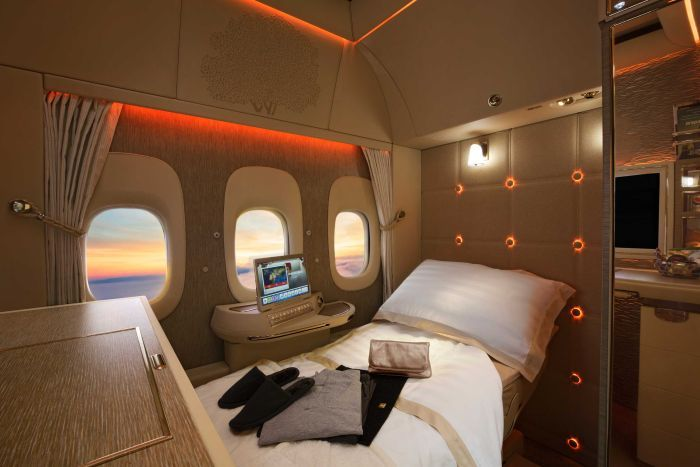 Emirates Planes Will Replace Windows With Virtual Screens