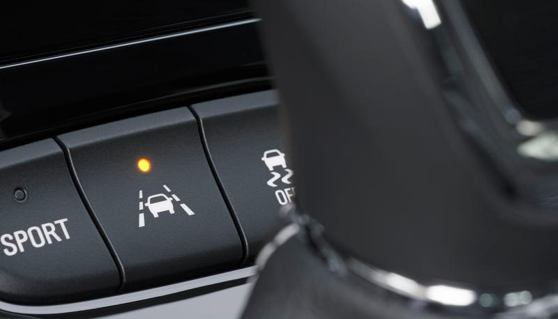 Car Technology Improvements That Keep You Safe