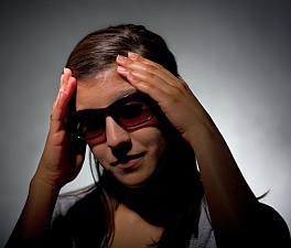 Tinted lenses for Migraines (G.L. Kohuth/Michigan State Univ.)