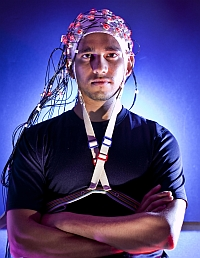EEG powered brain cap (John Consoli, University of Maryland)