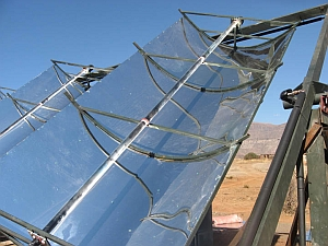 Solar trough with center line pipe (STG International)