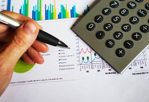 Calculator, pen, chart