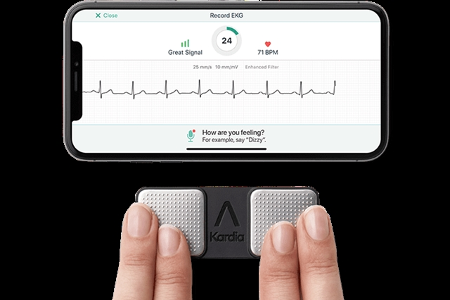 Phone App Shown to Detect Serious Heart Attack | Science and