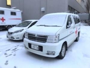赤十字の活動で活躍する車両