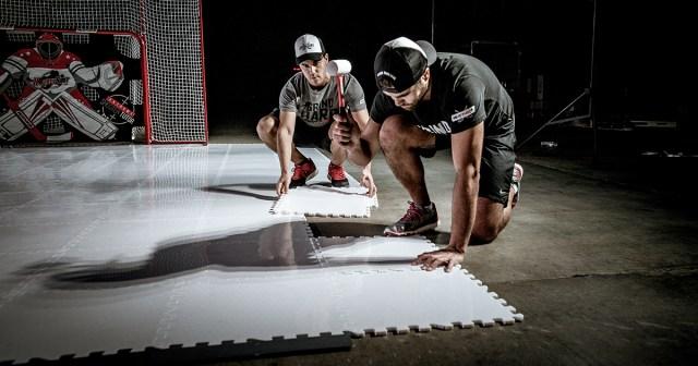 Dalles de maniement - Photo empruntée sur le site de HockeyShot