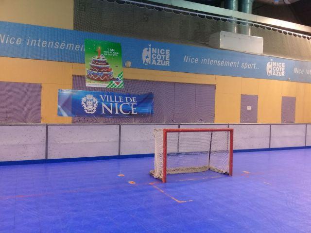 La patinoire de roller-hockey de Nice