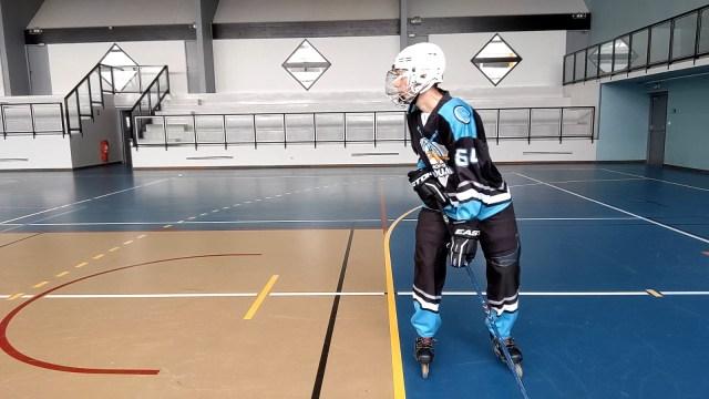 Virage, épaules et tranfert de poids - Déplacement des épaules à droite - Technique-Hockey