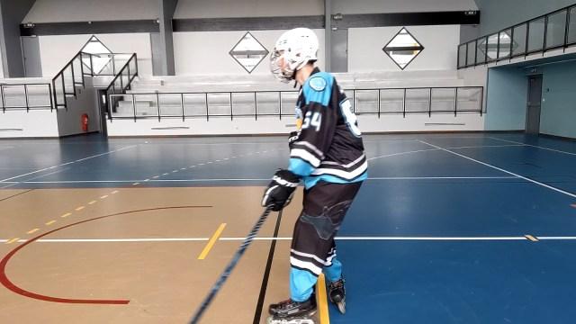 Virage, épaules et tranfert de poids - Jambe extérieure déplacée - Technique-Hockey
