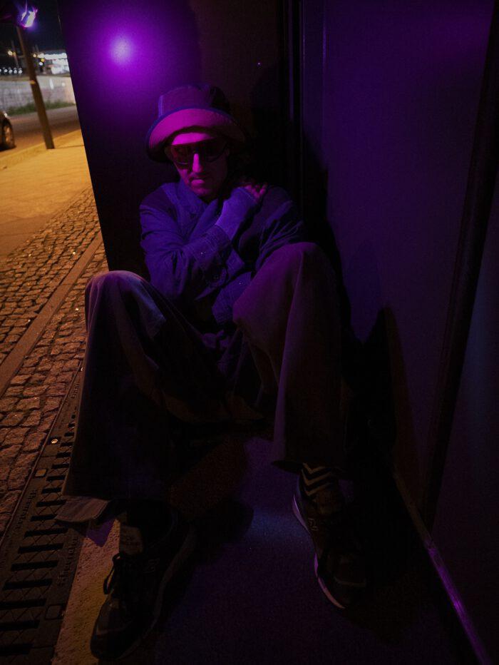 Techno DJ and fashion in the club