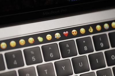 MacBook Pro「タッチバー」のカスタマイズにGoogle Chromeが対応