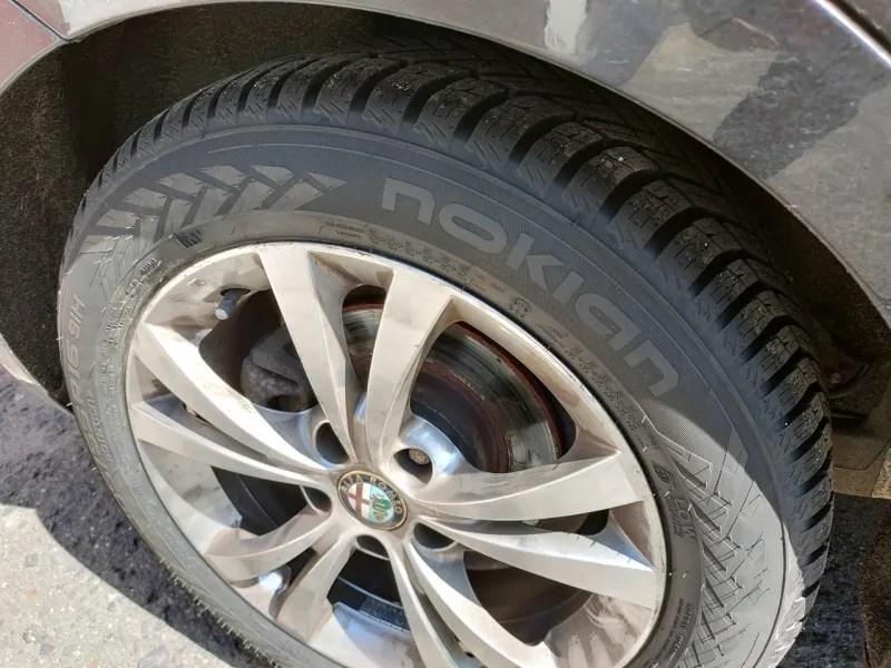 Opony wielosezonowe Nokian Tyres