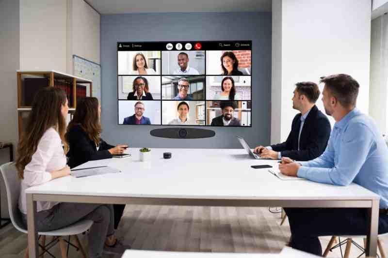 spotkania online