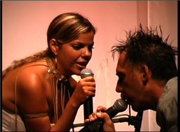 Reis - Reis live featuring Arnaldo Antunes