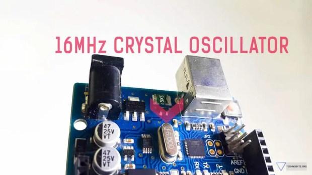 Arduino uno 16MHz crystal oscillator