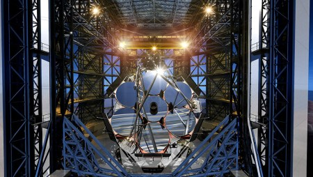 Giant Magellan Telescope (GMT) - telescopes of the future