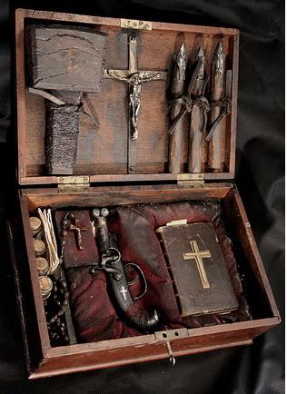 alex cf vampire hunting kit