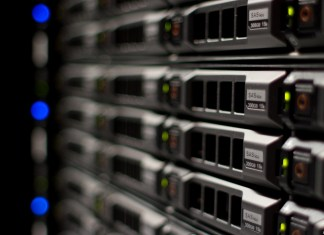 when to use dedicated hosting