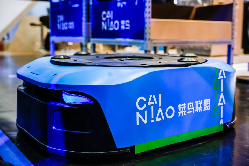 Quicktron's smart logistics (Image Credit: Alibaba)