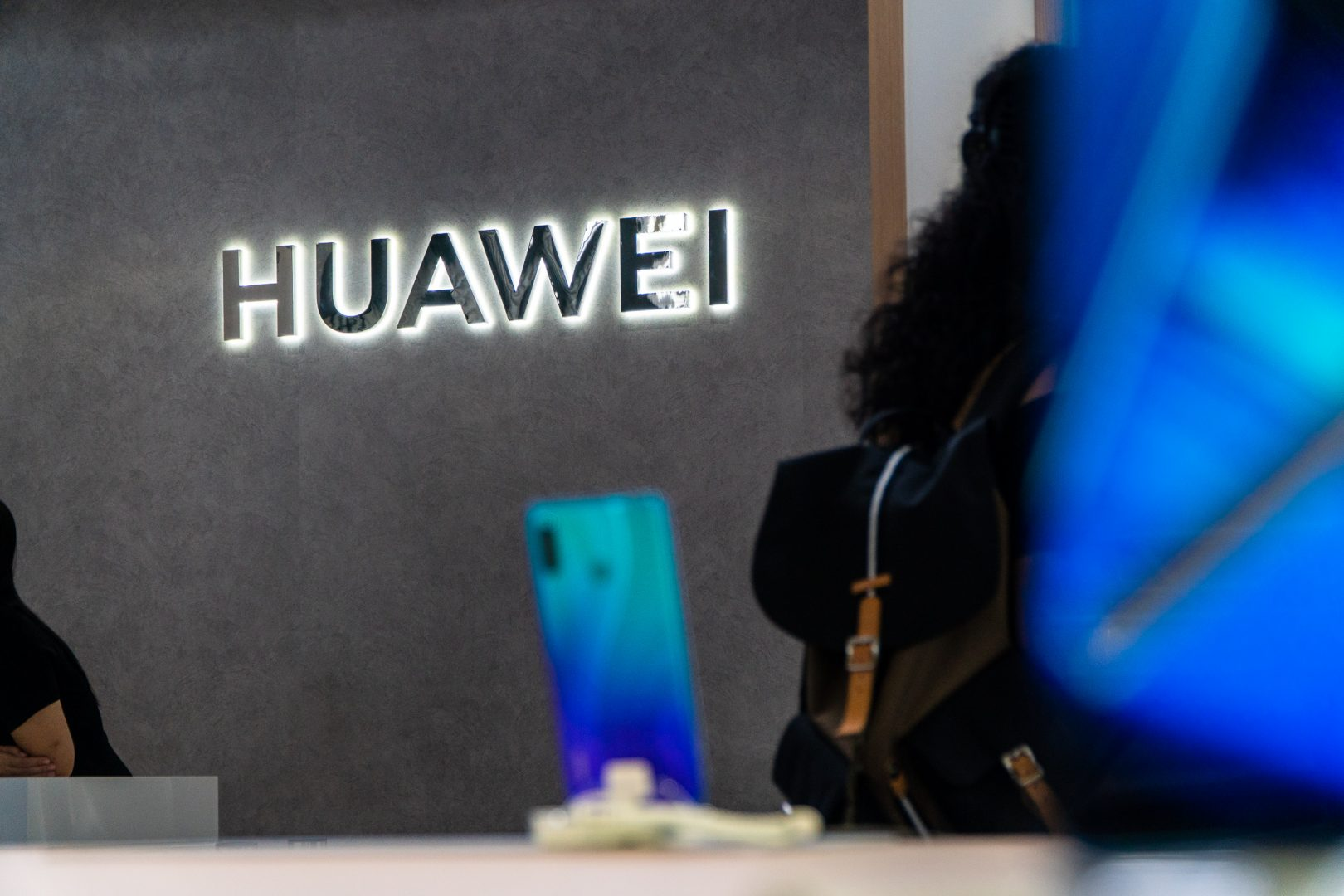Huawei's smartphone supply chain reveals reliance on US