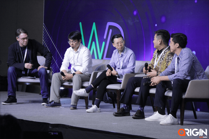 Left to right: TR Harrington, Program Director Accelerator at MOX, SOSV; Johnny Li, Co-founder at SuperAtom; Devin He, Investment Director at Grand View Capital; Andy Li, CEO at Silot; and Dimitra Taslim, Investor at GGV Capital speaks at Origin Indonesia 2019 on the Chuhai phenomenon. (Image credit: TechNode)
