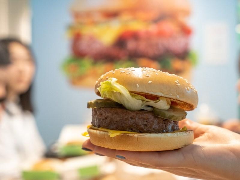 beyond meat pizza Hut Taco bell KFC Beyond Meat plant based protein alternative vegeterian vegan veggie soy fast food