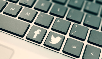 Keyboard Shortcuts for Facebook and twitter