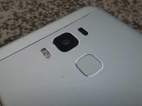 Rear Camera, Fingerprint sensor